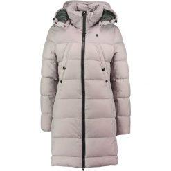 GStar WHISTLER HDD SLIM HEDLEY Płaszcz zimowy mercury. Białe płaszcze damskie zimowe marki G-Star, z nadrukiem. W wyprzedaży za 603,85 zł.