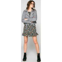 Answear - Sukienka. Szare sukienki mini marki ANSWEAR, na co dzień, l, z poliesteru, casualowe, proste. W wyprzedaży za 79,90 zł.