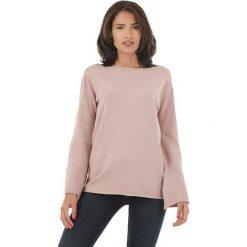 Sweter w kolorze jasnoróżowym. Czerwone swetry klasyczne damskie marki L'étoile du cachemire, z kaszmiru. W wyprzedaży za 129,95 zł.