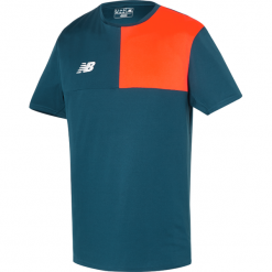 Koszulka New Balance MT710002TNO. Szare koszulki do piłki nożnej męskie marki New Balance, m, z jersey. W wyprzedaży za 69,99 zł.
