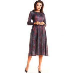 Sukienki: Czerwona Elegancka Wzorzysta Sukienka Midi z Szerokim Dołem