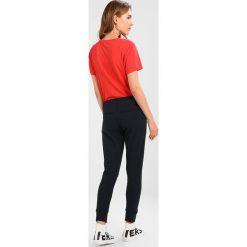 Spodnie dresowe damskie: 2ndOne SILJA Spodnie treningowe navy