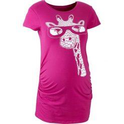 T-shirt ciążowy z motywem żyrafy bonprix fuksja z nadrukiem. Niebieskie bluzki ciążowe marki bonprix, z materiału, z dekoltem w serek. Za 44,99 zł.