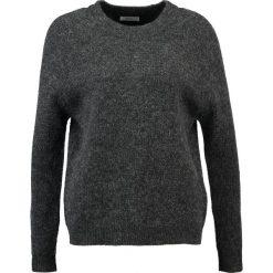 Swetry klasyczne damskie: Envii ENBOBO Sweter black mel