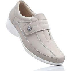 Wygodne buty wsuwane z pianką YouFoam bonprix brunatny. Brązowe buty sportowe damskie marki NEWFEEL, z gumy. Za 79,99 zł.