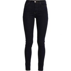 KIOMI Jeans Skinny Fit dark blue. Niebieskie jeansy damskie marki KIOMI, z bawełny. W wyprzedaży za 126,75 zł.