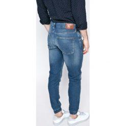 Pepe Jeans - Jeansy Gunnel. Niebieskie jeansy męskie z dziurami marki Pepe Jeans. W wyprzedaży za 269,90 zł.