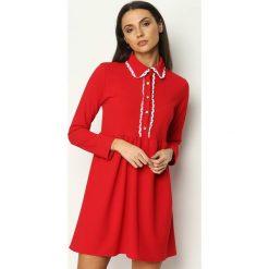 Czerwona Sukienka Holiday. Czerwone sukienki Born2be, s, z koszulowym kołnierzykiem, koszulowe. Za 69,99 zł.