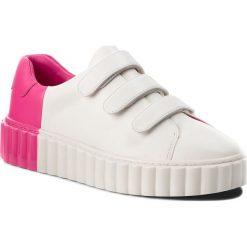 Sneakersy TORY BURCH - Scallop Triple Strap Sneaker 51461 Snow White/Crazy Pink 102. Białe sneakersy damskie Tory Burch, z materiału. W wyprzedaży za 789,00 zł.