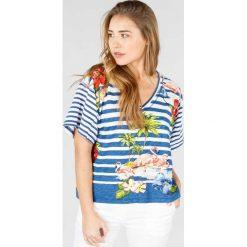 T-shirty damskie: T-shirt z nadrukiem, dekolt w serek, krótki rękaw