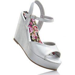 Sandały damskie: Sandały na koturnie bonprix srebrny metaliczny