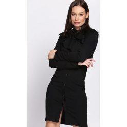 Czarna Sukienka Stagy. Czarne sukienki Born2be, uniwersalny, mini. Za 79,99 zł.