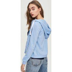 Bluzy rozpinane damskie: Bluza z kapturem - Niebieski