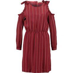 Custommade KAROLINA Sukienka letnia cabernet. Czerwone sukienki letnie Custommade, z jedwabiu. W wyprzedaży za 403,60 zł.