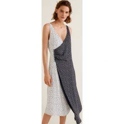 Mango - Sukienka Wasabi2. Szare sukienki asymetryczne marki Mohito, l, z asymetrycznym kołnierzem. W wyprzedaży za 69,90 zł.