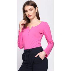 Fuksjowa Bluzka Consensus. Różowe bluzki longsleeves marki Born2be, xl, z okrągłym kołnierzem. Za 29,99 zł.