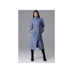 Płaszcz M624 Niebieski. Niebieskie płaszcze damskie pastelowe FIGL, m, w paski, eleganckie. Za 329,00 zł.