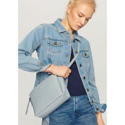 Torebki klasyczne damskie: Błękitna torebka na pasku – Niebieski