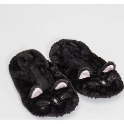 Kapcie damskie: Slippersy z uszami – Czarny