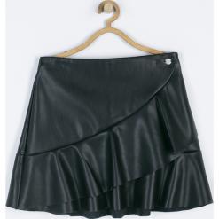 Spódnica. Czarne spódniczki dziewczęce z falbankami GIRL POWER, z gumy. Za 89,90 zł.