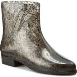 Kalosze MEL BY MELISSA - Ankle Boots Socks SP AD 32034 Smoke 06005. Czarne buty zimowe damskie Mel by Melissa, z tworzywa sztucznego. W wyprzedaży za 129,00 zł.