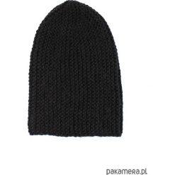 Czarna długa czapka robiona na drutach. Czarne czapki zimowe damskie Pakamera, z poliamidu. Za 86,00 zł.