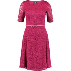Sukienki: Wallis BELTED Sukienka koktajlowa berry