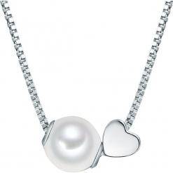 Naszyjnik z perłami w kolorze białym - dł. 40 cm. Żółte naszyjniki damskie marki METROPOLITAN, pozłacane. W wyprzedaży za 136,95 zł.