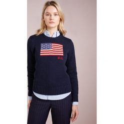 Polo Ralph Lauren LONG SLEEVE Sweter hunter navy. Niebieskie swetry klasyczne damskie Polo Ralph Lauren, s, z bawełny, polo. Za 629,00 zł.