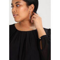 Sukienki hiszpanki: Dorothy Perkins Curve BILLIE FLORAL BORDER SHIFT DRESS Sukienka z dżerseju black multi