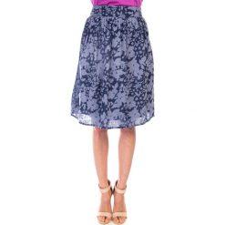 Spódnica granatowa zwiewna QUIOSQUE. Szare spódniczki dziewczęce z falbankami QUIOSQUE, z tkaniny. W wyprzedaży za 59,99 zł.