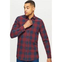 Koszula o dłuższym kroju - Bordowy. Czerwone koszule męskie marki Cropp, l. Za 99,99 zł.