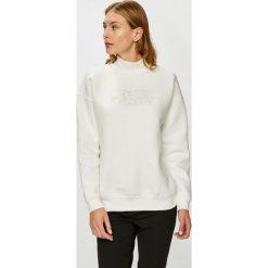 Review - Bluza. Szare bluzy z nadrukiem damskie marki Review, l, z tkaniny, z okrągłym kołnierzem. Za 129,90 zł.