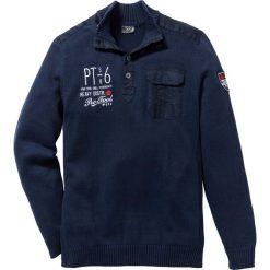 Sweter ze stójką Regular Fit bonprix ciemnoniebieski. Niebieskie golfy męskie marki bonprix, l, z aplikacjami. Za 109,99 zł.