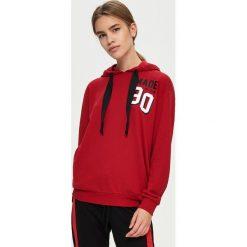 Bluzy damskie: Bluza z kapturem – Czerwony