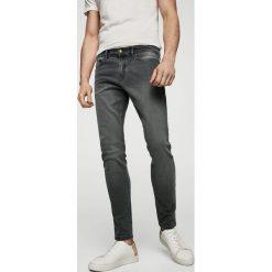 Mango Man - Jeansy Jude2. Szare jeansy męskie Mango Man. W wyprzedaży za 99,90 zł.