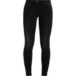 Noisy May NMLUCY SUPER Jeansy Slim Fit black. Czarne jeansy damskie marki Noisy May, z bawełny. W wyprzedaży za 161,10 zł.