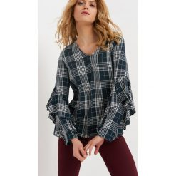 Bluzki asymetryczne: Bluzka z falbanami