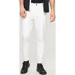 Rurki męskie: Białe jeansy slim cropped - Biały