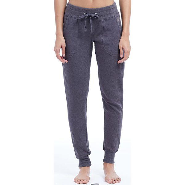 """Spodnie sportowe """"Jalen"""" w kolorze antracytowym. Szare spodnie sportowe damskie marki BALANCE COLLECTION, xs. W wyprzedaży za 86,95 zł."""