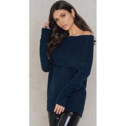 Rut&Circle Sweter Vera - Navy. Szare swetry oversize damskie marki Vila, l, z dzianiny, z okrągłym kołnierzem. W wyprzedaży za 80,98 zł.