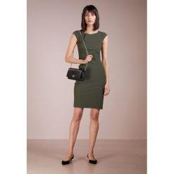 Sukienki hiszpanki: Patrizia Pepe Sukienka etui dark green