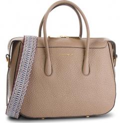Torebka COCCINELLE - CA0 Espiegle E1 CA0 18 01 01  Taupe N75. Brązowe torebki klasyczne damskie Coccinelle, ze skóry. W wyprzedaży za 1569,00 zł.