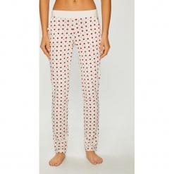 Etam - Spodnie piżamowe Paily. Szare piżamy damskie Etam, l, z bawełny. Za 89,90 zł.