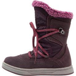 Friboo Kozaki sznurowane smoke viola. Fioletowe buty zimowe damskie marki Friboo, z materiału, na wysokim obcasie. W wyprzedaży za 147,95 zł.