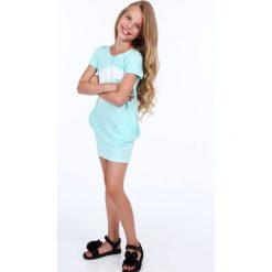Sukienka dziewczęca z nadrukiem miętowa NDZ8177. Zielone sukienki dziewczęce z falbanami Fasardi, z nadrukiem. Za 49,00 zł.