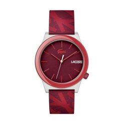 """Zegarek """"MOTION-2010933"""" w kolorze czerwono-srebrnym. Szare zegarki męskie marki Lacoste, szklane. W wyprzedaży za 274,95 zł."""