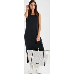 Armani Exchange Torba na zakupy bianco/nero. Czarne shopper bag damskie marki Armani Exchange, l, z materiału, z kapturem. W wyprzedaży za 519,20 zł.