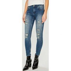 Silvian Heach - Jeansy Kim, Push up. Niebieskie jeansy damskie Silvian Heach, z bawełny, z standardowym stanem. Za 369,90 zł.