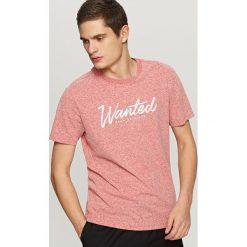T-shirty męskie: T-shirt z nadrukiem wanted – Pomarańczo